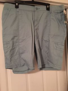 Ladies new with tags shorts size 18w