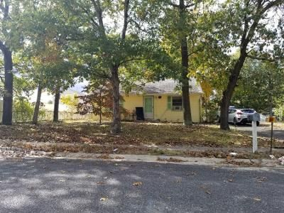 2 Bed 1 Bath Preforeclosure Property in Millville, NJ 08332 - Leonard Dr