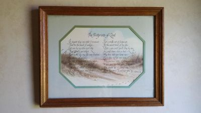 """excellent condition Such a lovely """"Footprints"""" print picture. It is double matted in a distressed pecan wood frame. So inspirational!"""