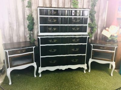Stunning Two-Tone Solid Wood Chest and Nightstands in Excellent Condition.