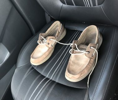 Sperry size 5