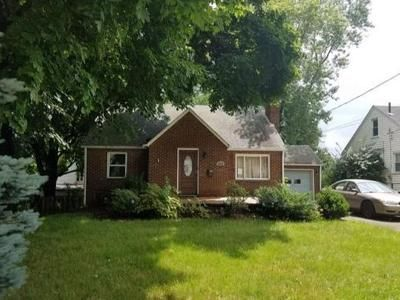3 Bed 2 Bath Foreclosure Property in Canton, OH 44708 - 26th St NW