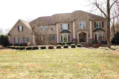 8065 Barony Woods Pittsford Five BR, Come Check this out