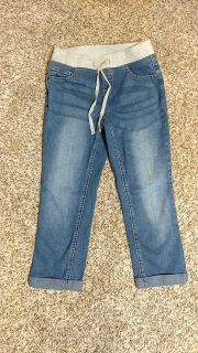 Justice size 10 pedal length jeans