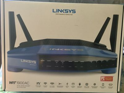 Wi Fi Router - Dual band Gigabit - Linksys WRT 1900 AC
