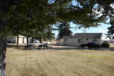 4468 Illinois Bench RD Stevensville Three BR, You will love the