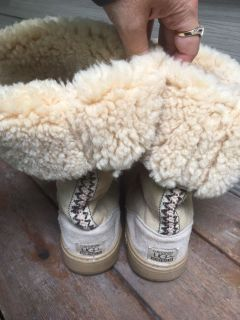 Uggs size 11 men s 10 with rubber soles like new