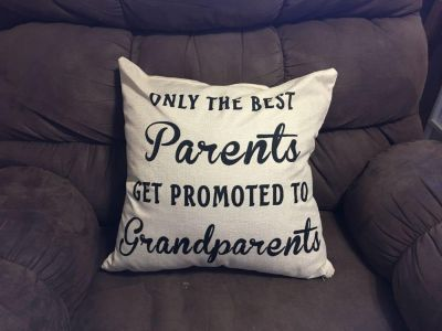 Great couch pillow.
