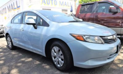 2012 Honda Civic LX (Alabaster Silver Metallic)