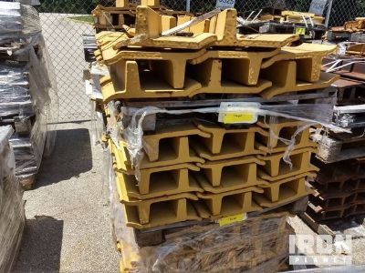 Lot of (176) Track Shoes - Fits Cat D10N/R - Unused