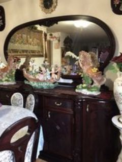 BUFFET WITH BIG MIRROR