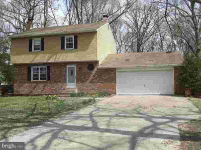 229 Beachwood Rd PASADENA Four BR, Large Private Wooded Lot