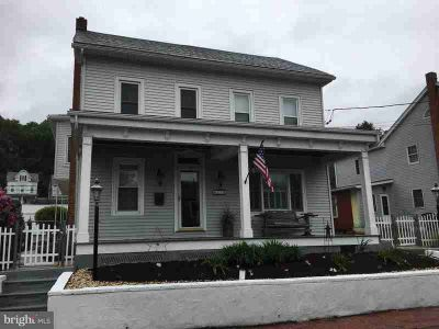 31 Grove St CRESSONA Five BR, Wow!!! You must see to really