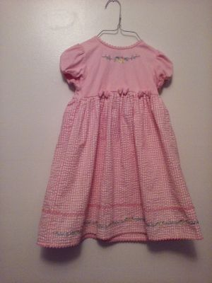 Adorable dress by Youngland sz 6