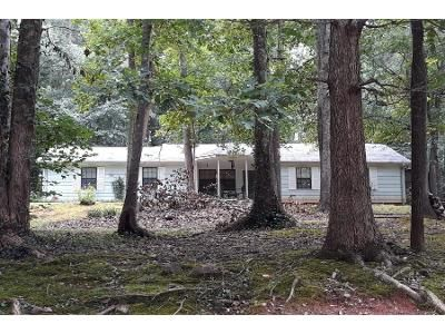 2 Bath Preforeclosure Property in Jackson, GA 30233 - Dukes Rd