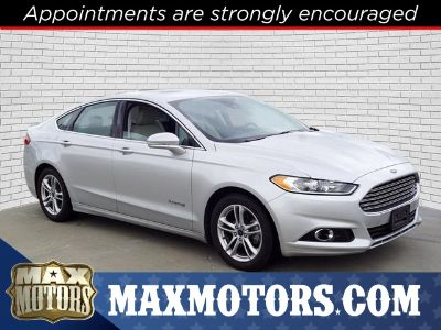 2016 Ford Fusion Hybrid Titanium (Shadow Black)