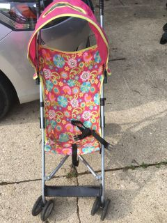 Umbrella stroller by Costco. Good used condition. Not smoking home.