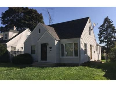 3 Bed 1 Bath Foreclosure Property in Milwaukee, WI 53216 - N 52nd St