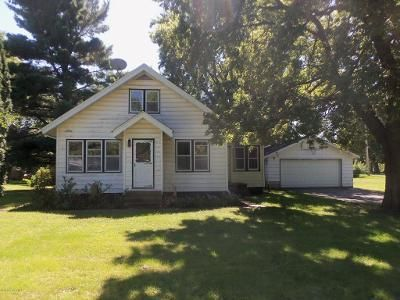 4 Bed 1.5 Bath Foreclosure Property in Medford, MN 55049 - 1st Ave SW