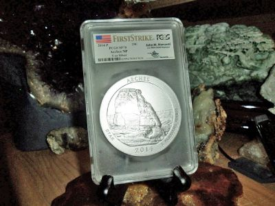 2014-P First Strike PCGS SP 70 ARCHES NATIONAL PARK 5 oz. SILVER QUARTER with JOHN M. MERCANTI Signa