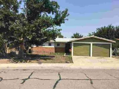 1365 Wofford Drive Las Cruces, Great starter home with 3