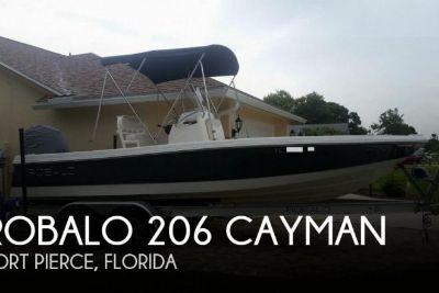 2016 Robalo 206 Cayman
