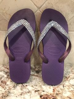 Havaianas Flip Flops with Sworovski Crystals - LIKE NEW Size 7