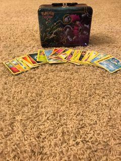 100 Pok mon Cards & Lunchbox