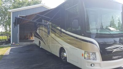 2015 Forest River LEGACY 340BH