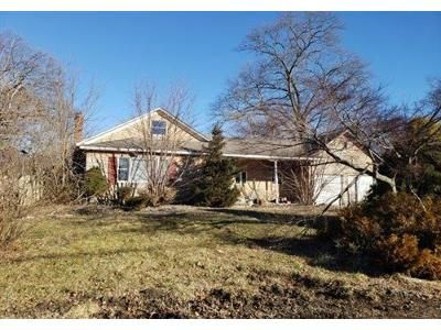 3 Bed 2 Bath Foreclosure Property in Rocky Point, NY 11778 - Flamingo Rd