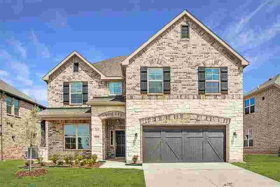 6031 Gloucester Drive Aubrey Four BR, **FREE move in package!