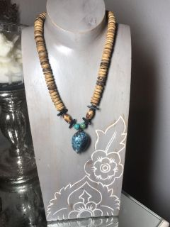 Gorgeous turquoise wooden beads necklace