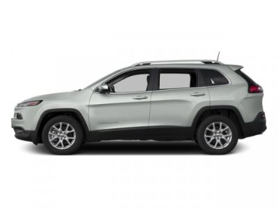 2017 Jeep Cherokee Latitude (Bright White Clearcoat)