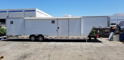 2002 8.5X38 GOOSENECK/5th WHEEL CAR/RACING TRAILER GENER