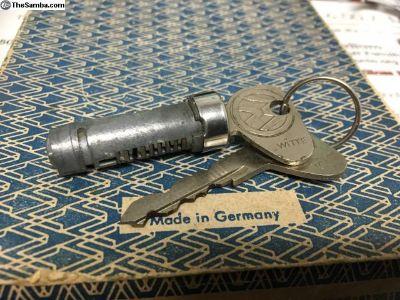 NOS 1971-1979 Bus door handle cylinder lock w/keys