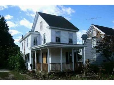 2 Bed 1.5 Bath Foreclosure Property in Millville, NJ 08332 - Howard St