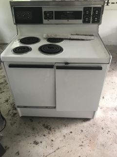 Electric oven 50$
