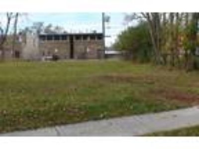 Land for Sale by owner in Mundelein, IL