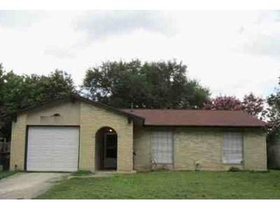 3 Bed 2 Bath Foreclosure Property in San Antonio, TX 78250 - Cliff Way St