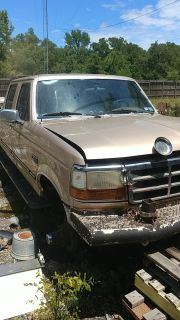 Ford F350 1997 Extended Cab/Bed + 100 Gallon Fual Tank & Husky Tool Kit