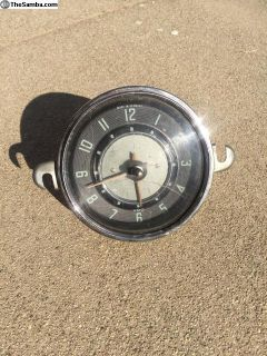 Early 60s Ghia Clock 6 volt
