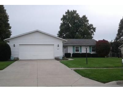 3 Bed 1.5 Bath Preforeclosure Property in Auburn, IN 46706 - E 3rd St