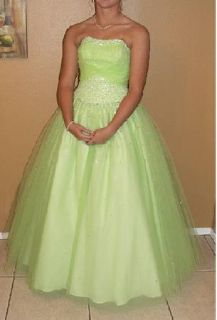 Homecoming  Prom dress - lime green - size 8