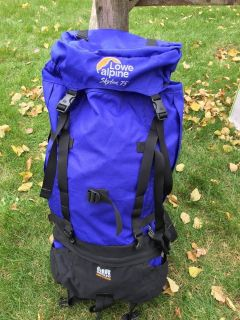 LIKE-NEW APLINE LOWE HIKING BACKPACK