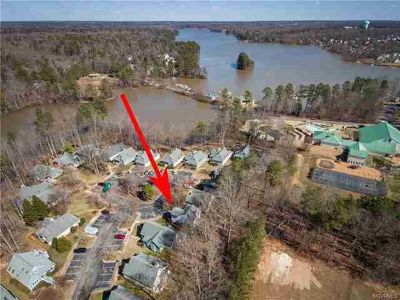 14715 Boyces Cove Drive Midlothian, Amazing value for this 4
