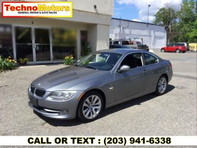 2011 BMW Integra 328i xDrive (gray)
