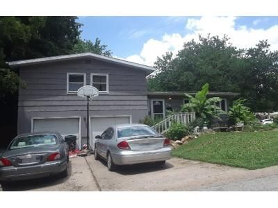 3 Bed 2 Bath Preforeclosure Property in Kansas City, MO 64118 - NE 50th St