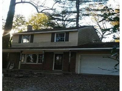 3 Bed 1.5 Bath Foreclosure Property in Pottstown, PA 19464 - Ringing Rocks Park