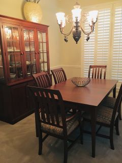Moving! Must sell ASAP! Quality Ethan Allen table, china cabinet
