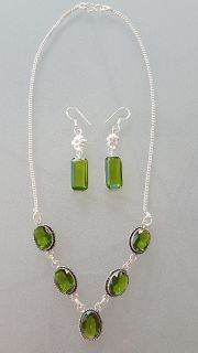 Women's Peridot Silver Necklace & Earrings Set